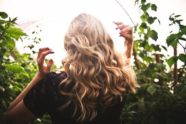 Jaka fryzura odmładza?