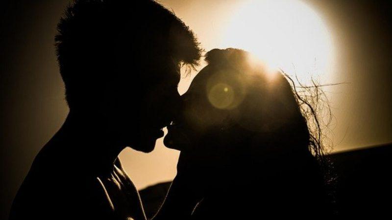 Pocałuj na zdrowie – pocałunki