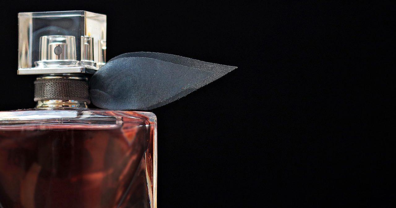 Jakie perfumy kupić? Propozycje męskich i damskich zapachów