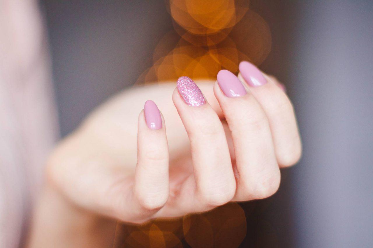 Jak wybrać frezarkę do paznokci?