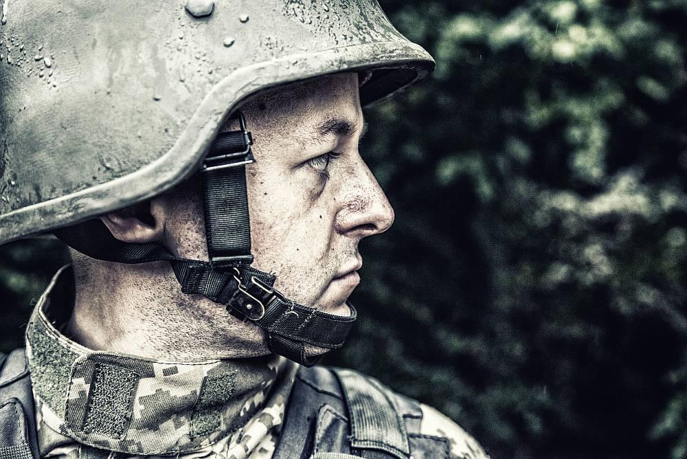 Odzież militarna – z wojska na salony